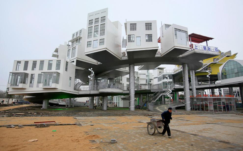 Часть павильона Дании на Всемирной выставке в Шанхае