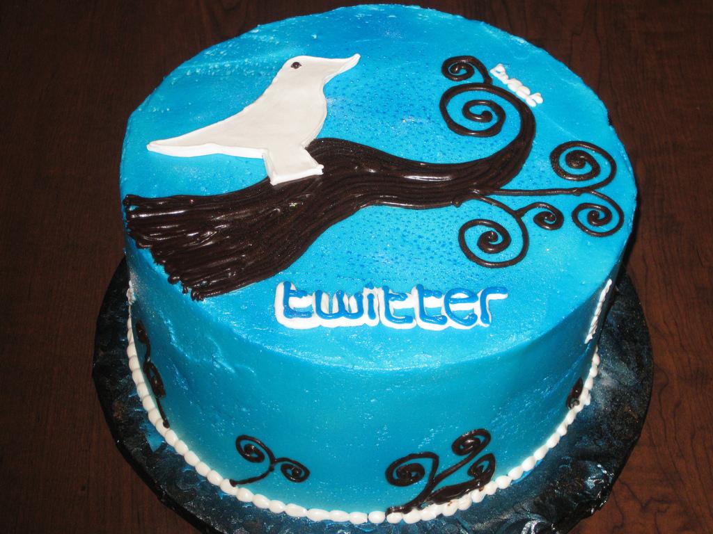 Tort-Twitter Фэйсбук и Твиттер станут напитками?