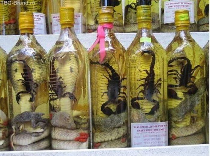 Водка со змеейи скорпионами