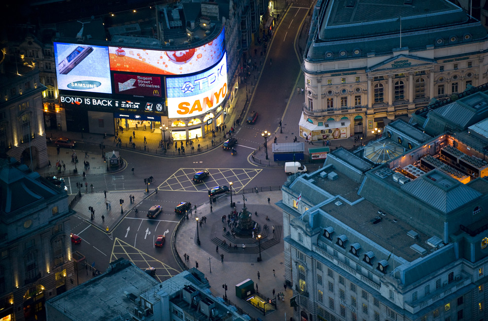 Ночной лондон с высоты птичьего