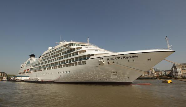 Круизный лайнер Seabourn Sojourn