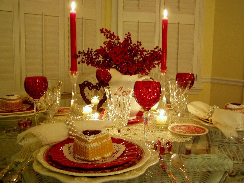 Новогодний стол декор своими руками