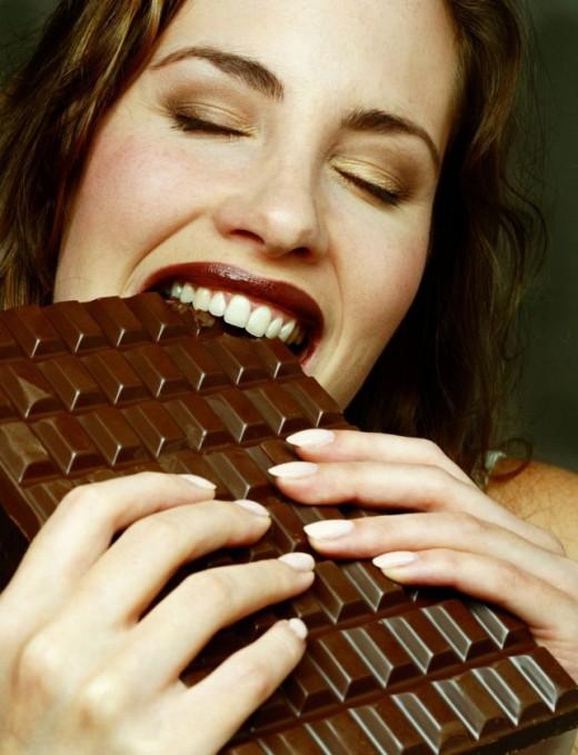 Съел шоколадку - забыл все обиды.