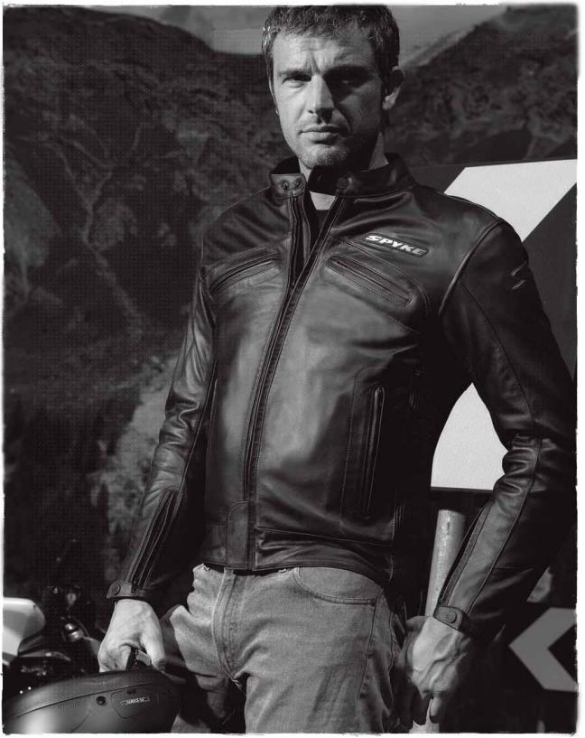 Брюки кожаная куртка