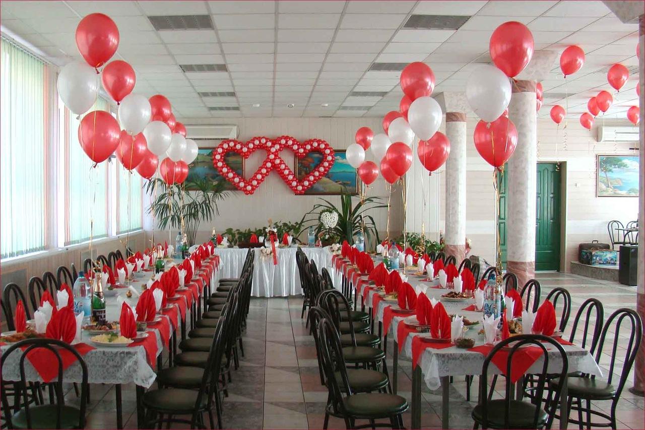 фото оформление шарами зала