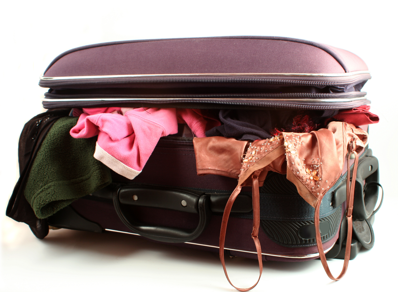 http://mygazeta.com/i/2012/08/luggage-packing-travel.jpg