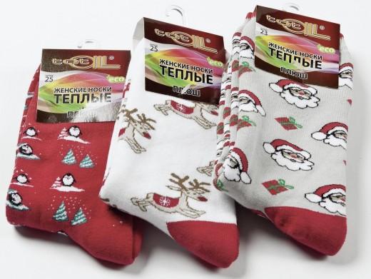 Передача негативной энергии с подарком носков: особенности приметы 83