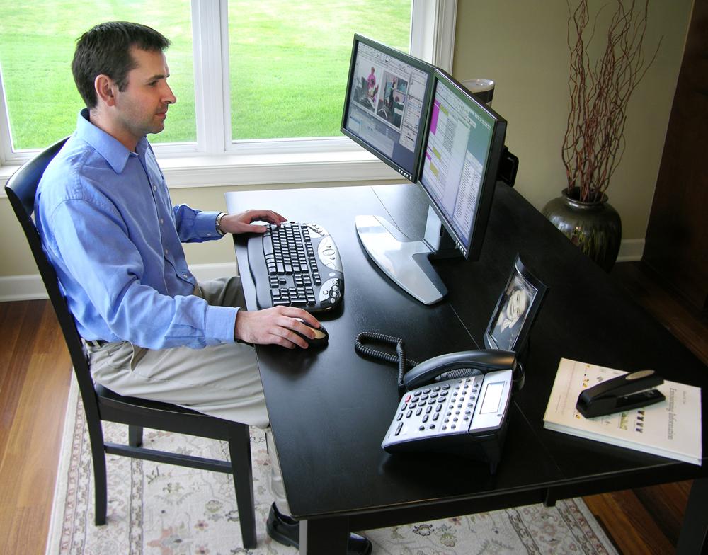 Люди связанные с компьютером