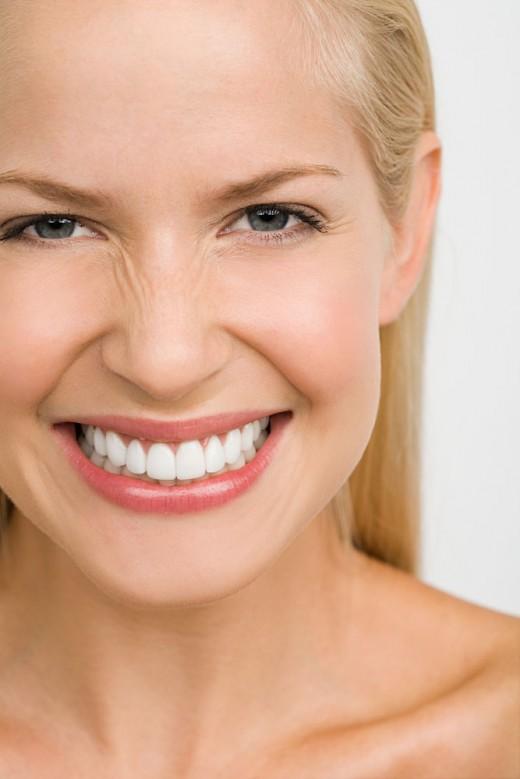 Карандаш BLIQ: как пользоваться новым средством для отбеливания зубов?