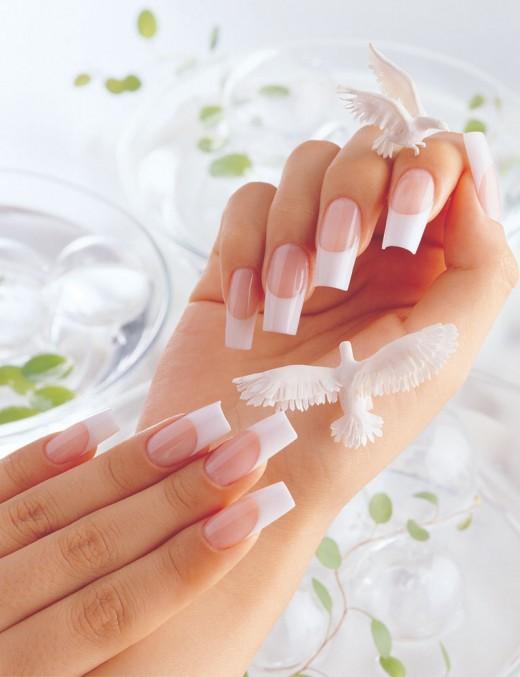 Био-гель для наращивания ногтей - особенности и преимущества