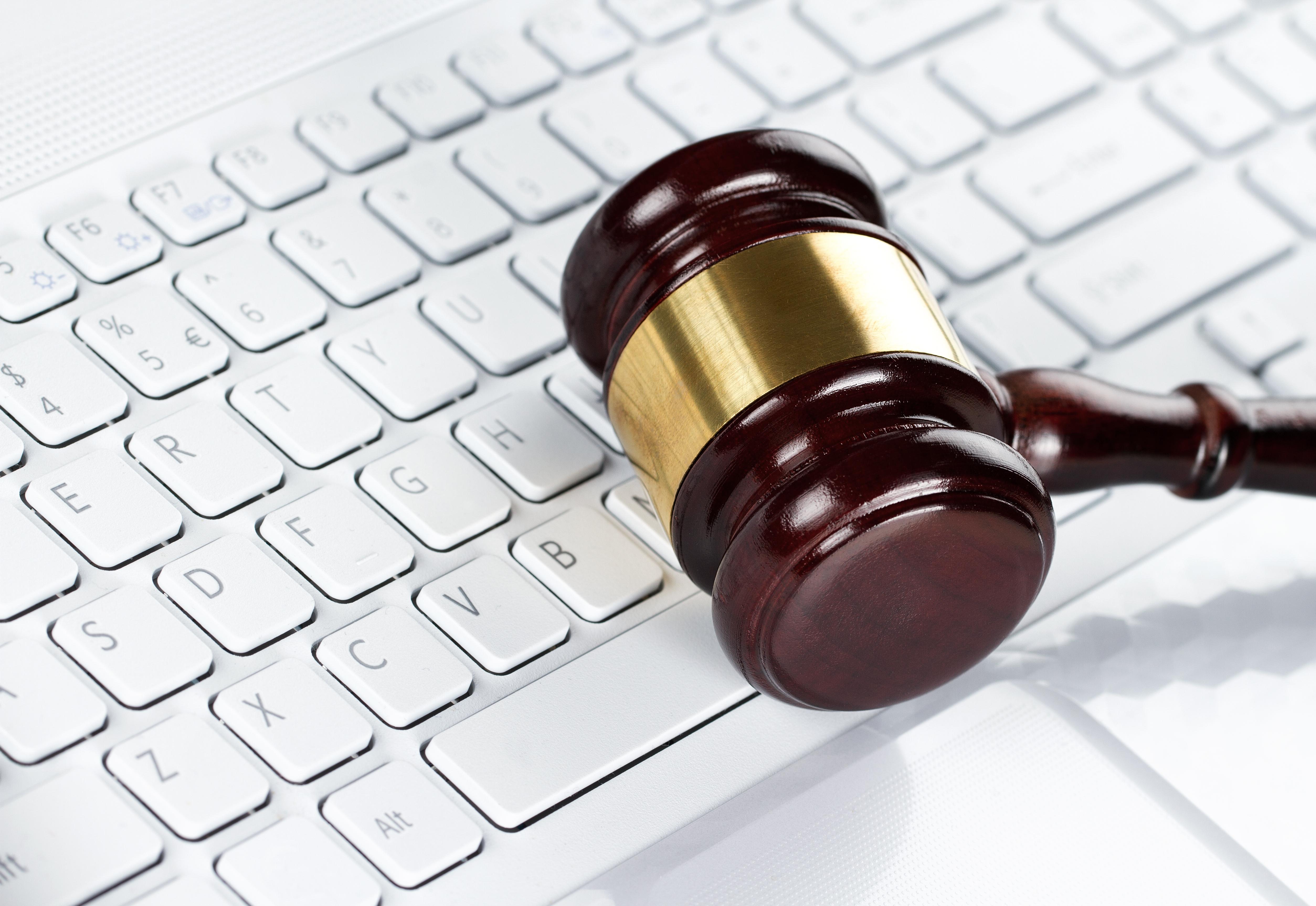 http://mygazeta.com/i/2014/12/internet-zakon.jpg