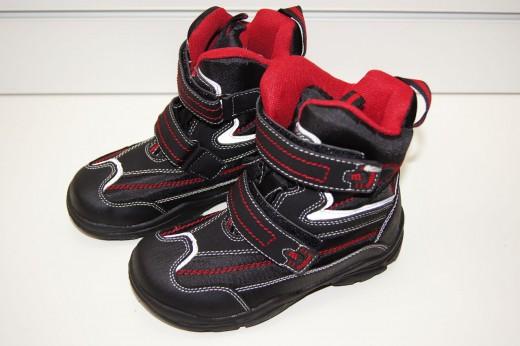 Несколько причин купить детскую обувь Milton оптом