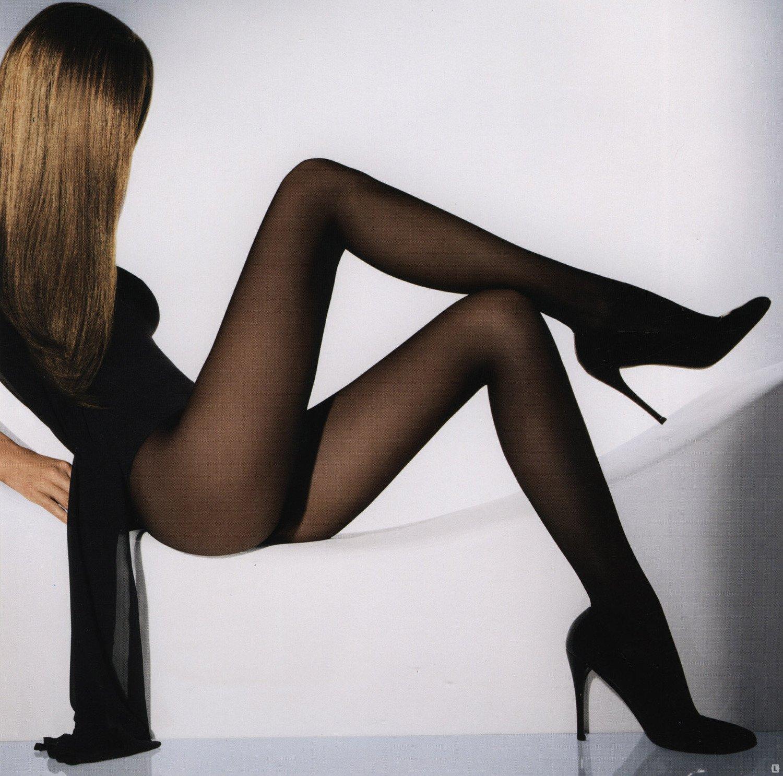 Женские ножки в колготках и сапожках фото 406-671