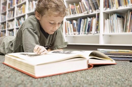 Люди, читающие книги, живут почти на два года дольше