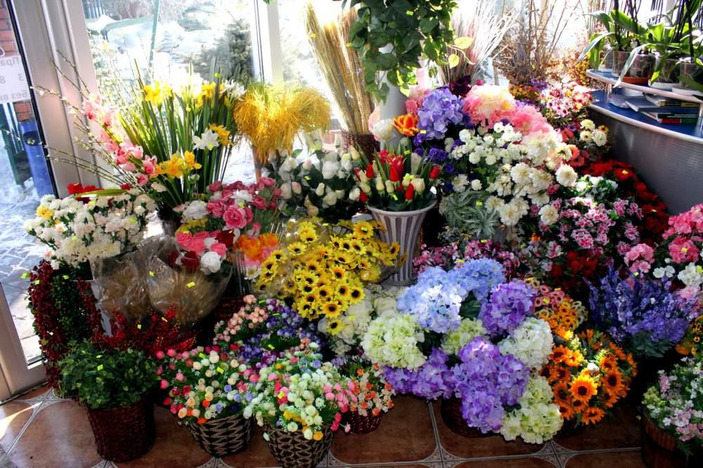 Искусственные цветы купить киев