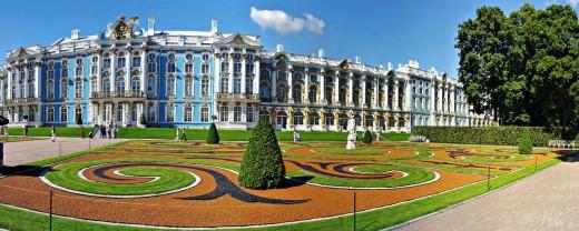 Пригороды Санкт-Петербурга: куда поехать туристу?