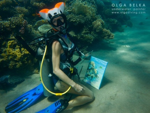 Ольга Белкина приглашает на персональную выставку подводной живописи