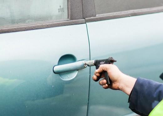 Как открыть ВАЗ без ключа
