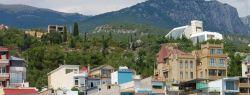 Эллинги и частные отели в Утесе: цены на отдых в 2016 году