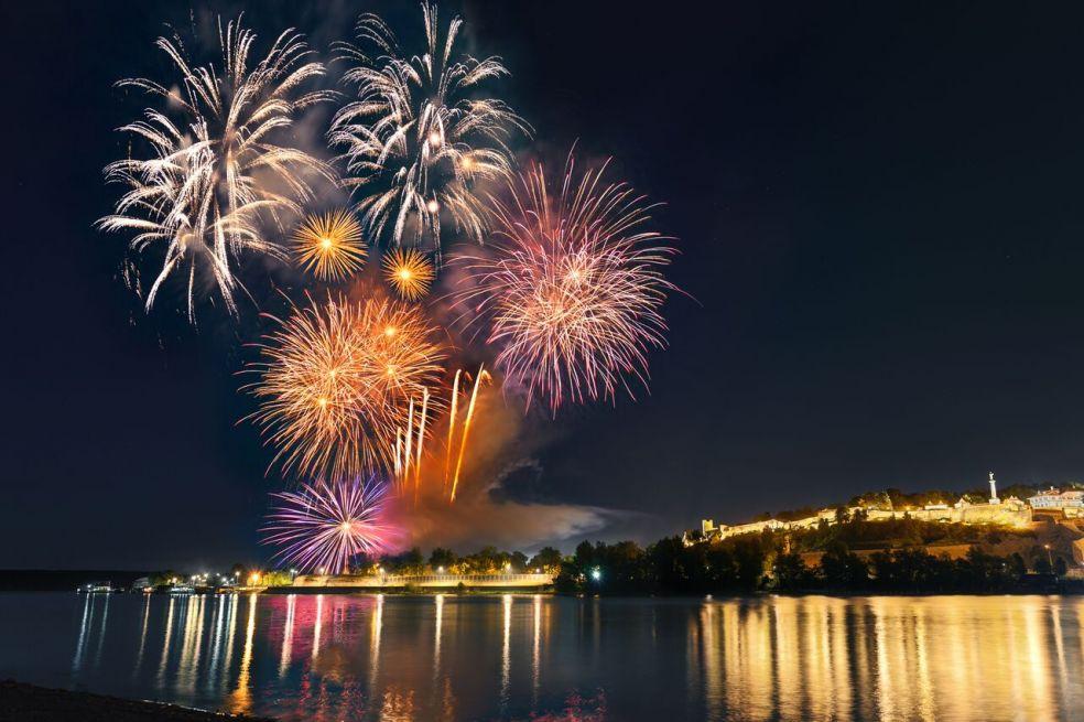 7 городов с самыми красивыми фейерверками на Новый Год