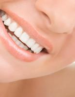 Стоматологи «Зууб.рф» о преимуществах металлокерамических коронок