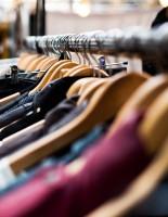 Как отличить подделку в одежде?