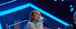 Лев Лещенко и Диана Ди спели дуэтом песню на телефестивале «Песня года»