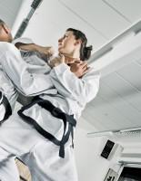 Боевой спорт для девочек: плюсы и минусы