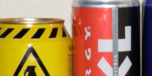 Энергетические напитки грозят диабетом и другими болезнями.