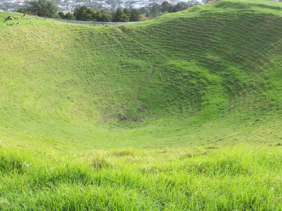 Маунт-Иден, кратер в Новой Зеландии