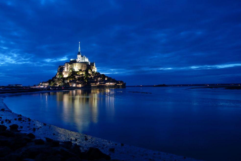 Замок Мон-Сент-Мишель во Франции