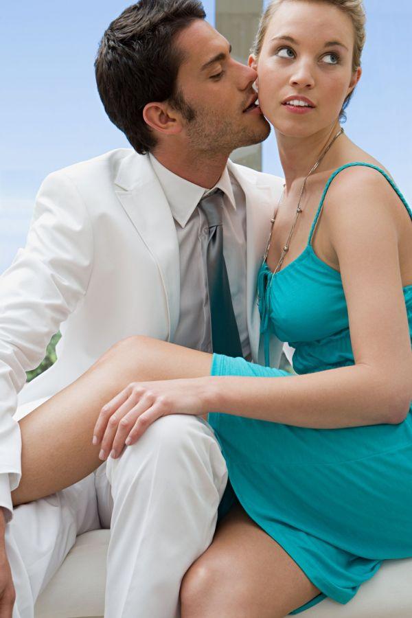 seks-zhenshine-massazh-video