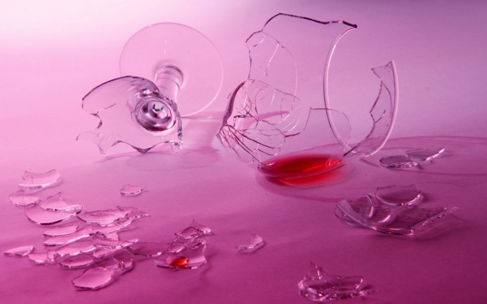 Разбитый бокал - на счастье