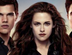 Сумерки. Сага: Рассвет — Часть 2 доберется до киноманов уже в ноябре 2012-го года