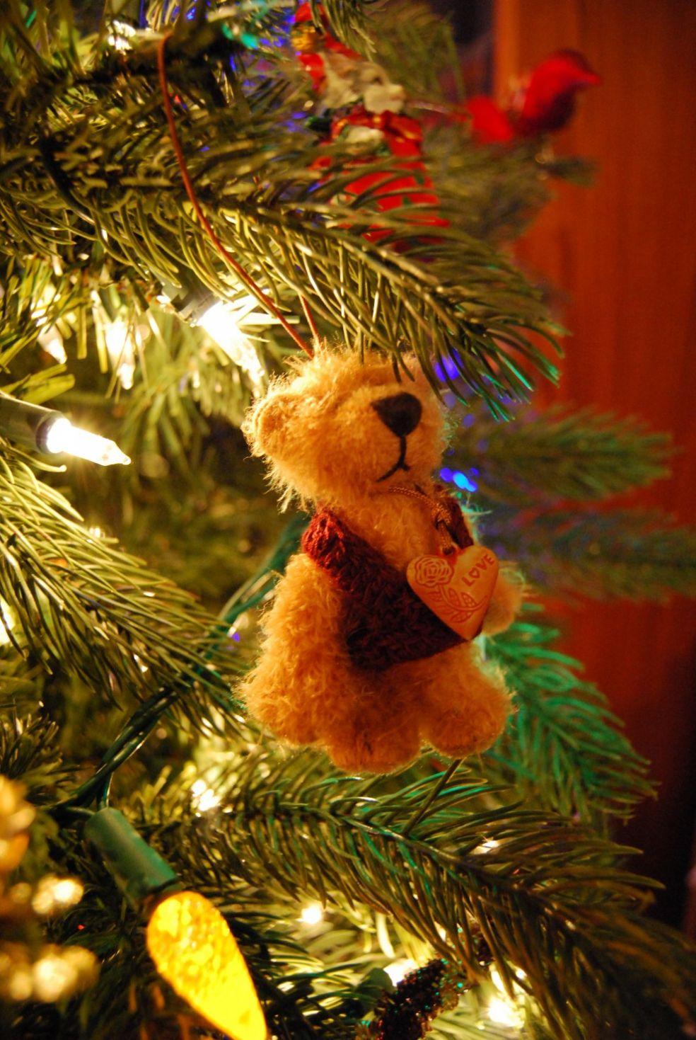 Елочная игрушка мишка Тедди