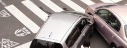 """Женщины-водители чаще попадают в ДТП на парковках, а мужчины """"предпочитают"""" сбивать пешеходов"""