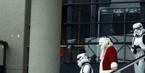 Образ Санта-Клауса не пример для подражания (фото)