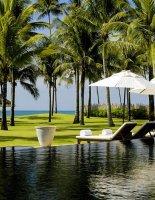 Панг Тао — известный пляж в Таиланде